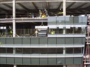 Glass Curtain Wall Installation Crane